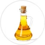 Flasche kaltgepresstes Leinöl
